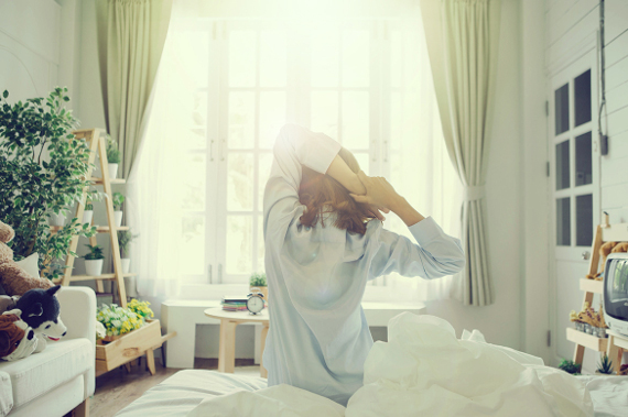 Easy tricks to get up faster and have more energy in the morning.