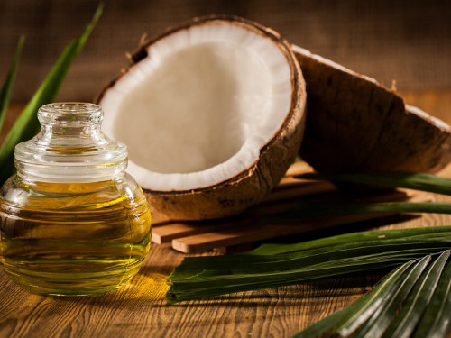 Use coconut oil to remove makeup before cleansing