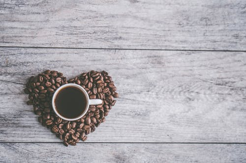 How late should you drink coffee?